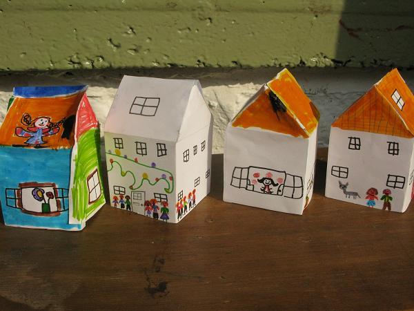 AG book houses 3