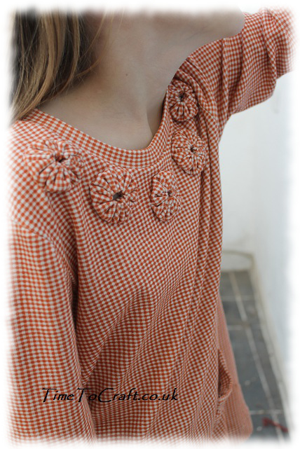 orange chequer top shoulders