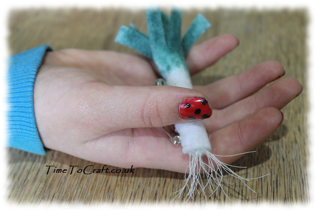 ladybird nails and felt leek