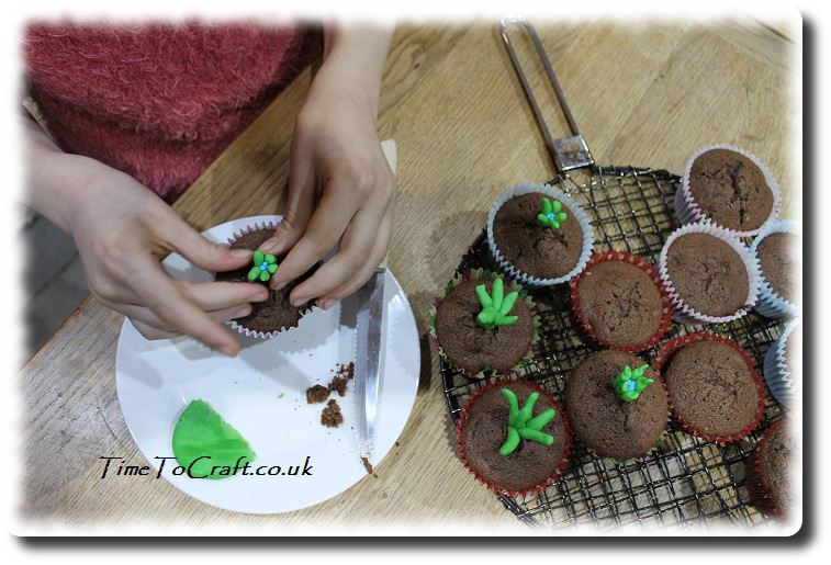 making imbolc candlemas cakes