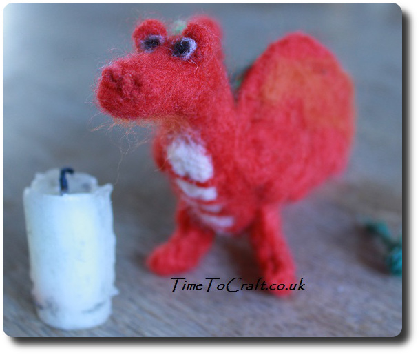 needlefelt welsh dragon red 2