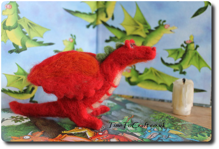 needlefelt welsh dragon red 3