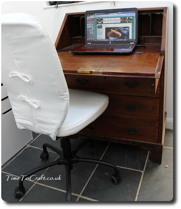 bureau in sewing room