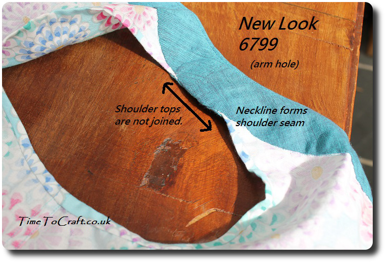 New Look 6799 shoulder seam