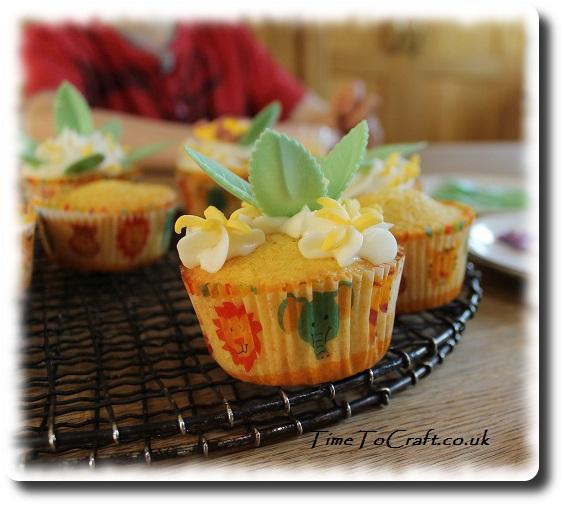 jungle animal party cupcake b