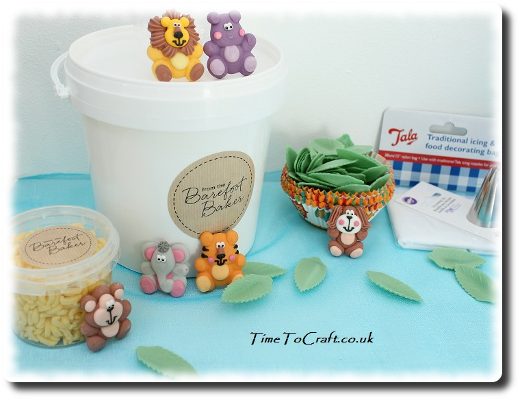 jungle animal party cupcake set contents