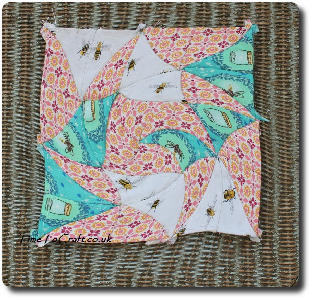 tumbling leaves Dear Daughter quilt project warp