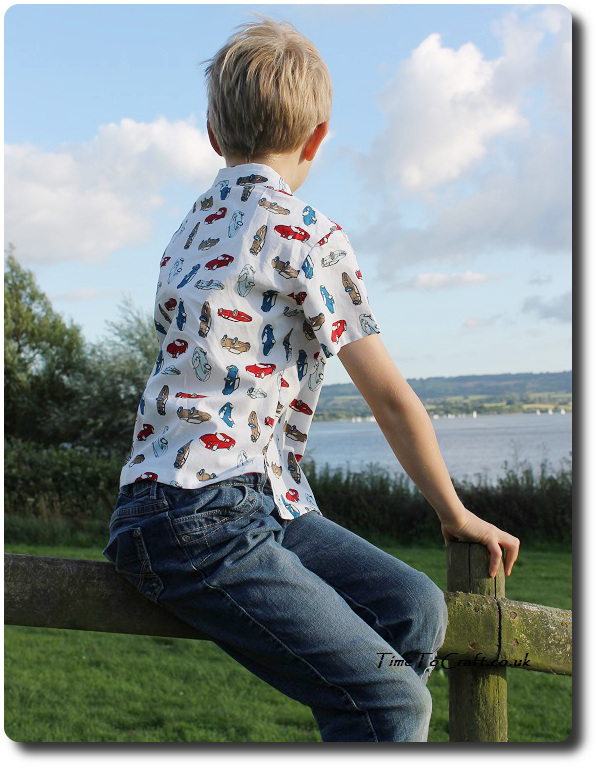 homemade boy shirt back Simplicity 5581