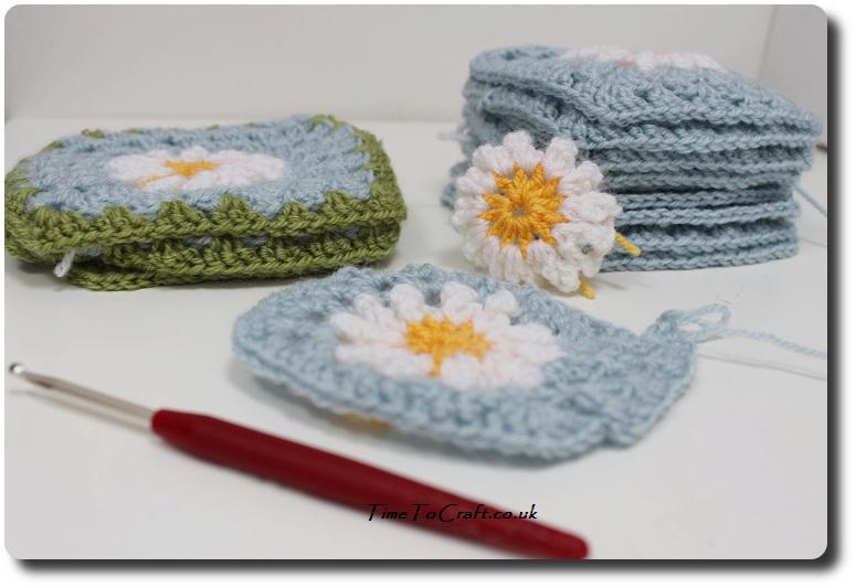daisy crochet squares