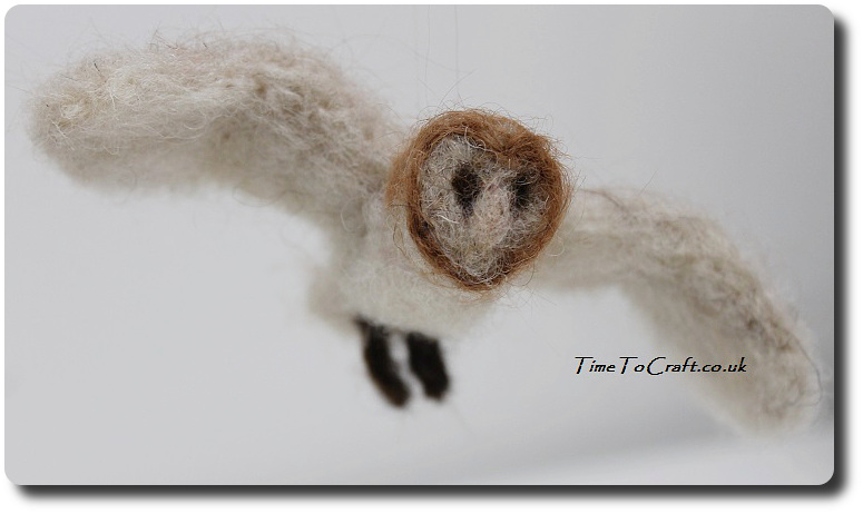 needlefelted barn owl flying 1