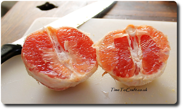 cut up grapefruit for cake